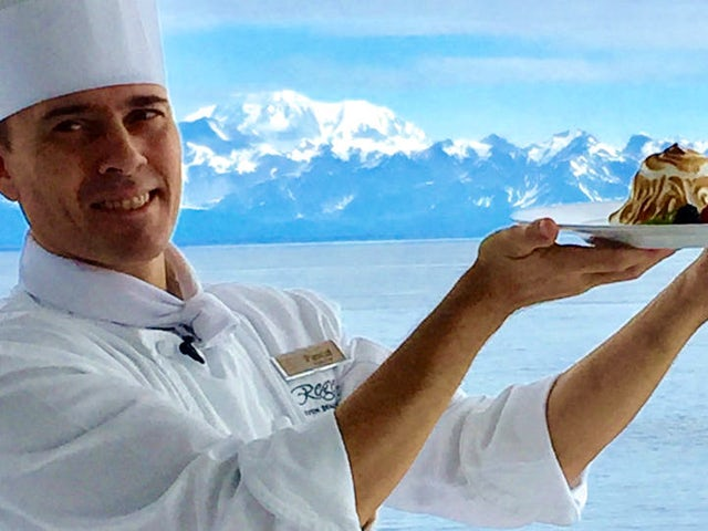 Video Recipe: Baked Alaska by Regent Seven Seas Cruises