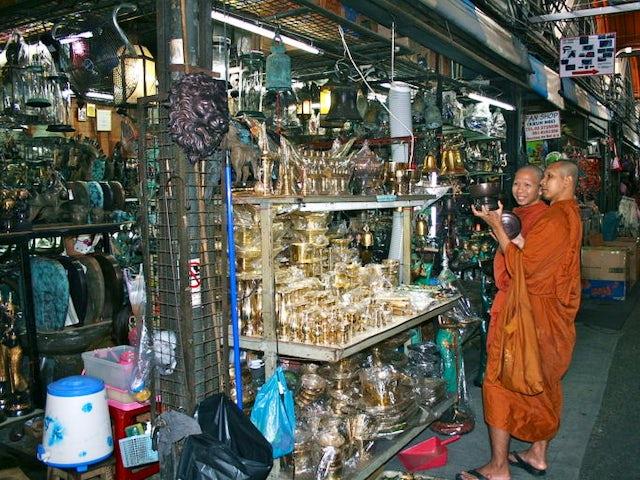 Wednesday 18 November – Ayutthaya-Bangkok-Chiang Mai