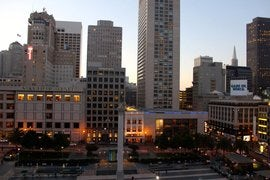Union Square at sunset.jpg