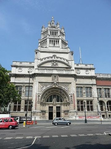 Explore the Victoria and Albert Museum in London