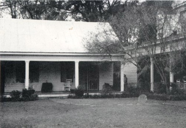 Stay at the Myrtles Plantation Bed & Breakfast - Known to be haunted