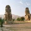 800px-Luxor,_West_Bank,_Colossi_of_Memnon,_afternoon,_Egypt,_Oct_2004.jpg