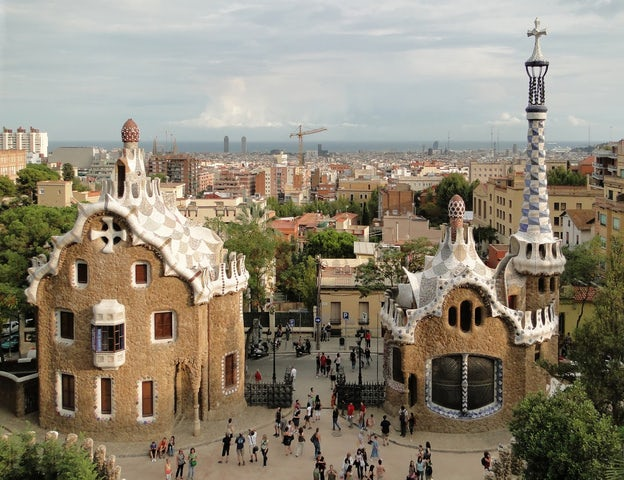 See Gaudí's Gothic Masterpiece on the Sagrada Familia and Gaudi Tour