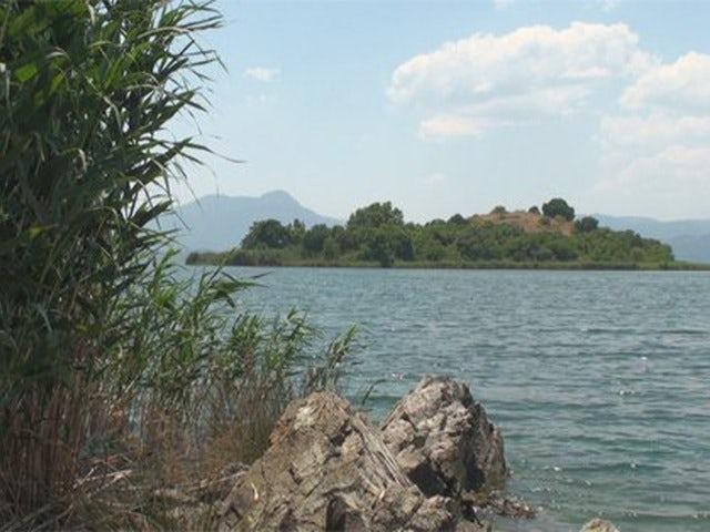 See 3,000 year old Rock Tombs on a Koycegiz Lake and Dalyan Caunos Tour