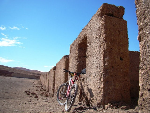 See the Natural Beauty of the Desert on a Chile Mountain Bike Tour
