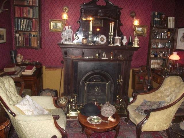 See the Inspiration of Arthur Conan Doyle on a Sherlock Holmes Tour