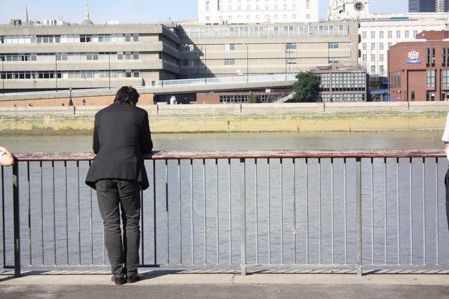 Le blues du voyage d'affaires : Est-ce que votre équipe se sent seule?