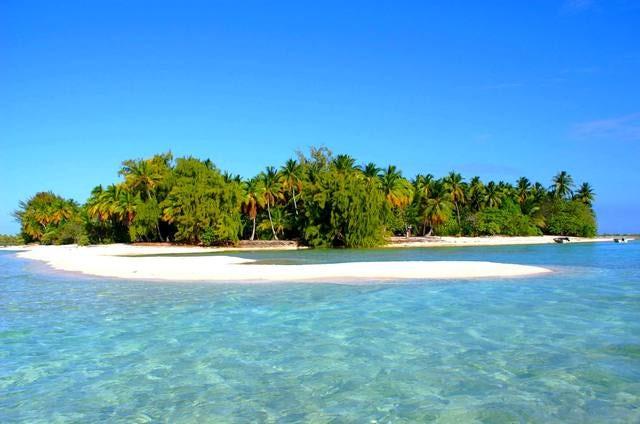"Rangiroa: ""The Endless Lagoon"""