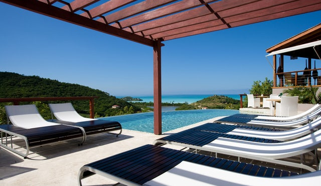 Stay at Sugar Ridge Luxury Boutique Hotel in Antigua