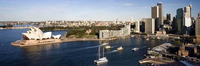 Take a Sydney Hop-On Hop-Off Tour