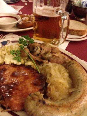Dine at One of the Most Famous Bavarian Restaurants in Munich: Hofbräuha
