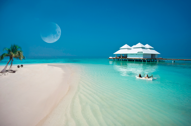 Top 5 Luxury Hotels in Maldives