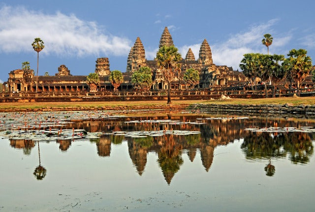 Visit the world's largest religious monument - Angkor Wat