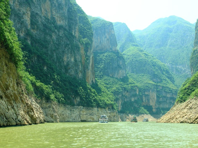 A lazy day on a Chinese cruise around the Yangtze River