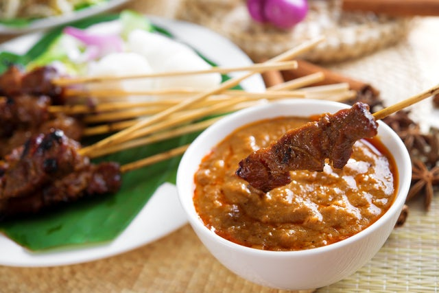 Tease Your Taste Buds with the Culturally Diverse Cuisine of Malaysia