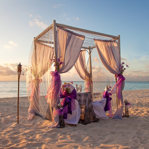 5 things to consider when planning a beach wedding