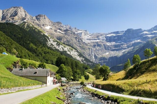Pyrénées - Mont Perdu you gotta go here