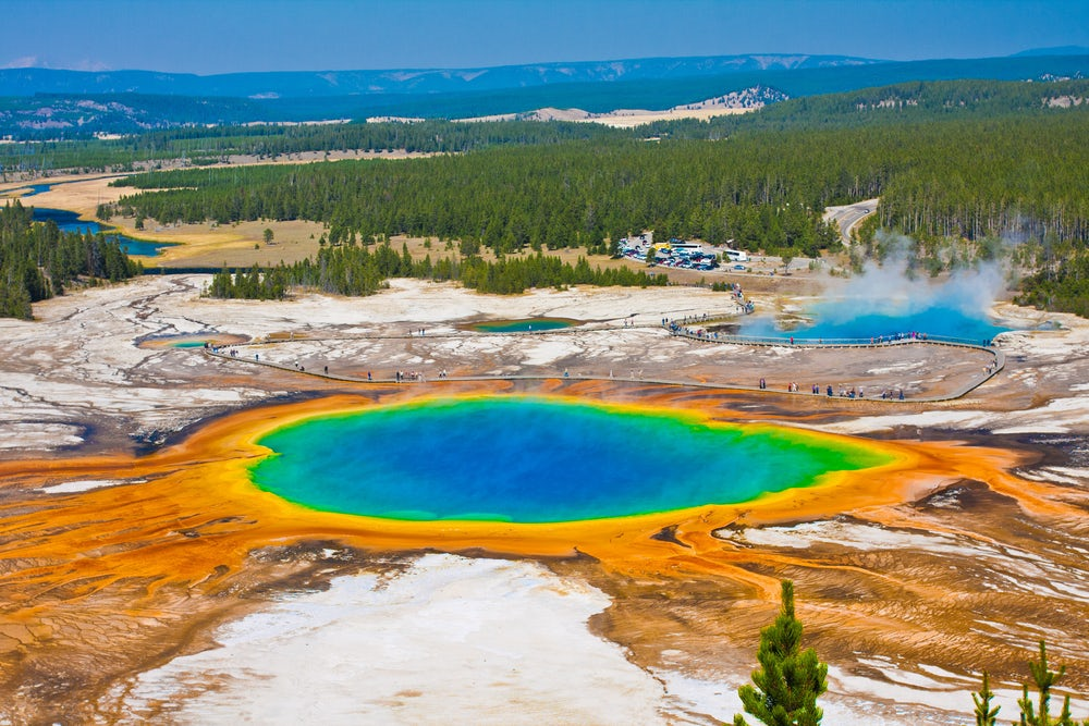 what city is yellowstone national park in