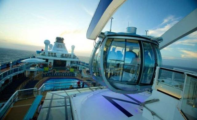 Five Tips to Getting Internet While on a Cruise