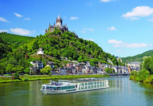 River Cruising with FREE Air!