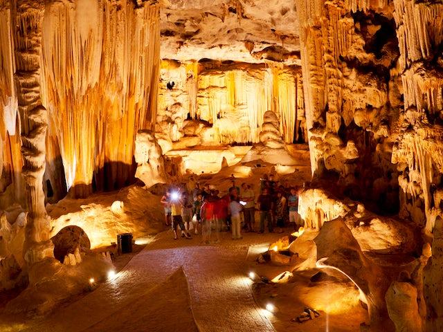 Cango-Caves-South-Africa.jpg