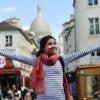 Happy-girl-on-Montmartre-in-Paris-000049120856_Medium.jpg