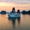 Halong-Bay-private-cruise.jpg