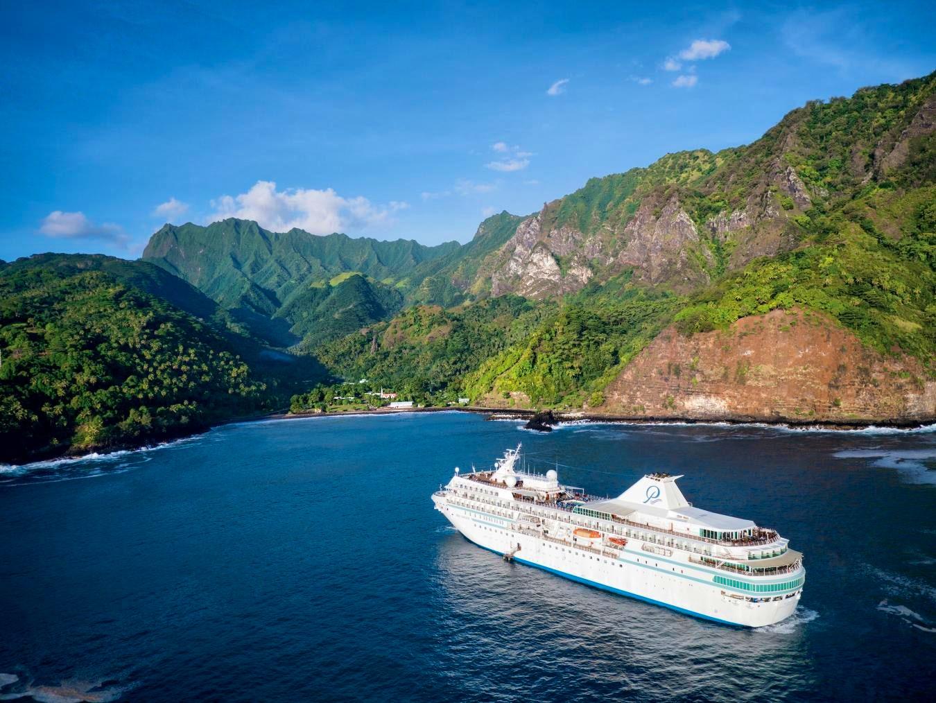Paul Gauguin Cruises Named Top for Honeymooners