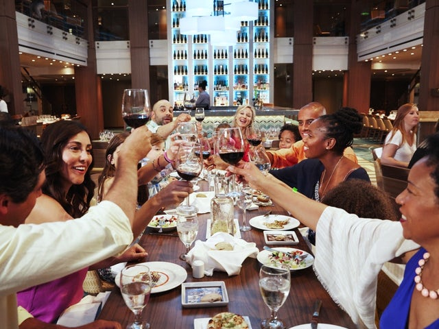 4 Tips for Planning a Family Reunion Cruise