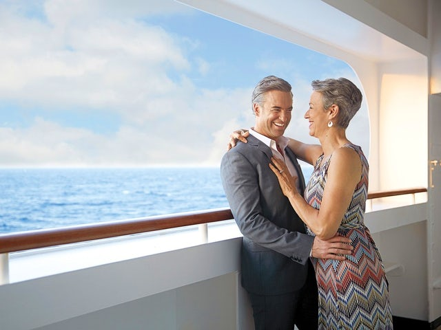 Holland American Cruise Line - Shows You The World