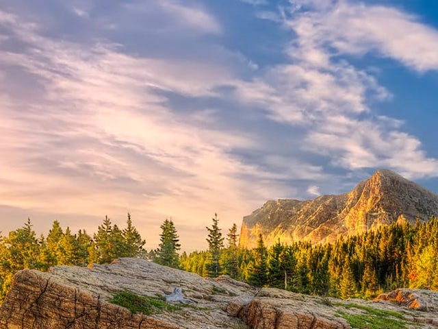 DISCOVER THE ROCKIES WITH COSMOS