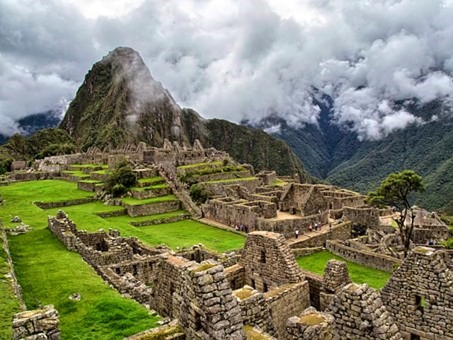 Cooking in Machu Picchu and the Sacred Valley of the Incas