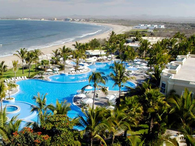 WestJet Vacations - Receive a $50 spa credit in Mazatlan!