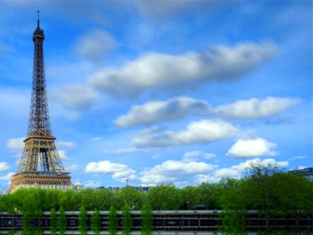 Spotlight on Paris.jpg