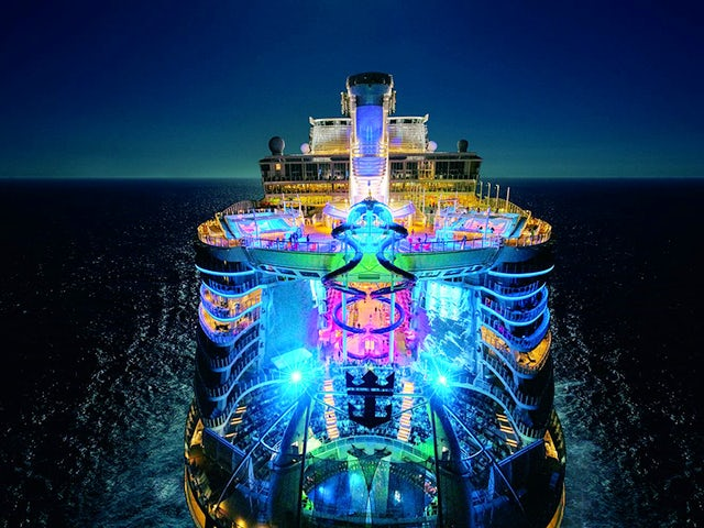It's Showtime All the Time on Symphony of the Seas