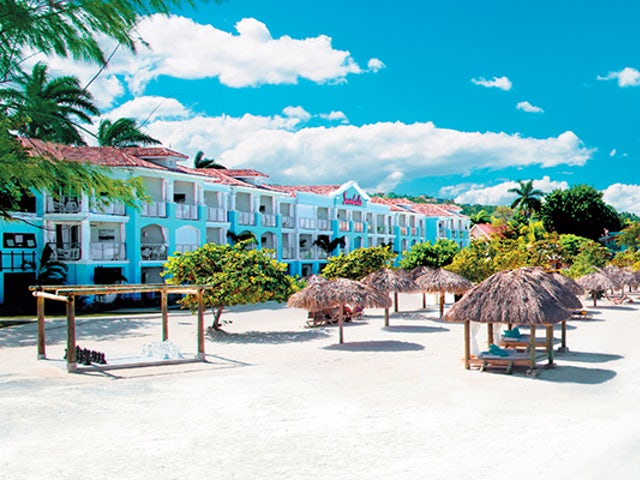 Save up to 65% off rack rates at Sandals Montego Bay