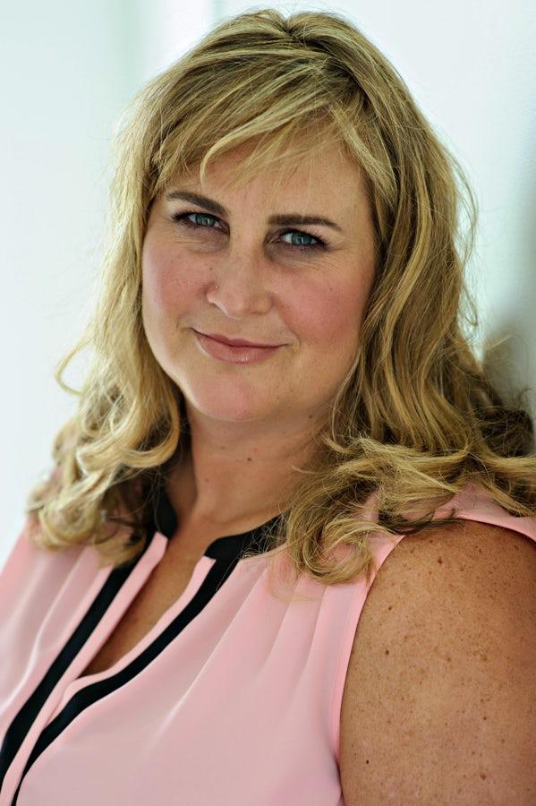 Stephanie MacGregor