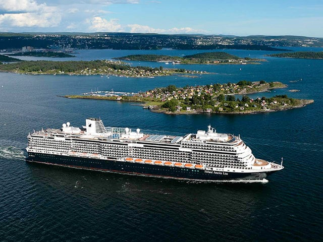 Holland America Line Offering New Promotion On Select 2019-2020 Cruises & Alaska Land+Sea Journeys