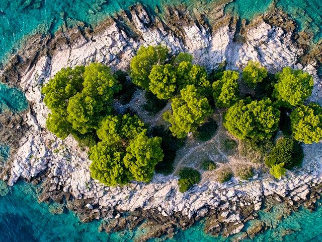 island-3647522_1280 Pixabay march 28 2019.jpg