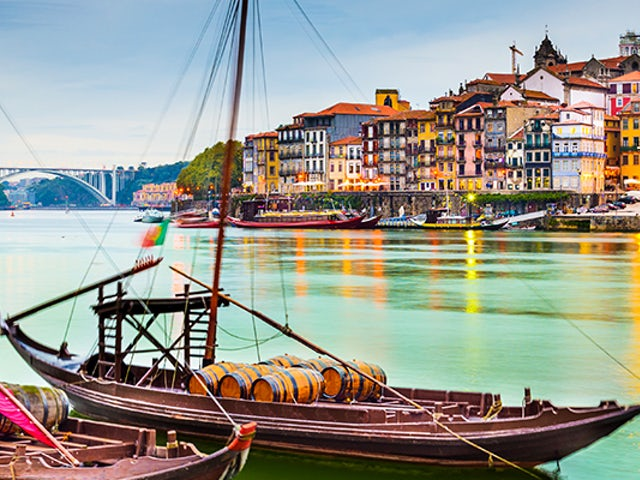 SAVE $1000 on Porto and Enticing Dorough River Cruise with Goway