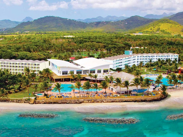 WestJet Vacations - Receive $1000 in resort savings in St. Lucia!