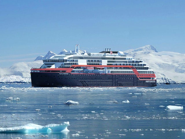 Hurtigruten: Antarctica Free Flight Offer