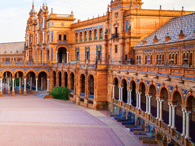 SAVE $275 Per Couple on a 8 Day Spain Vacation with Goway