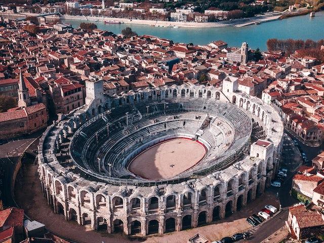 August 28, Arles