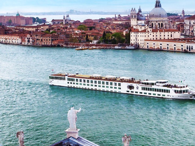 Cruising The Venetian Lagoon