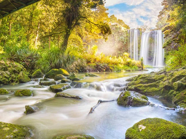 New Zealand Splendour with Homestay summer 2018