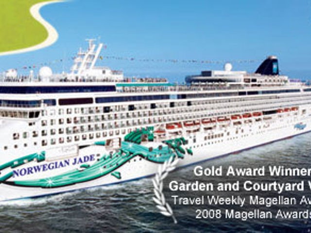 11-DAY PANAMA CANAL ROUND-TRIP FROM MIAMI