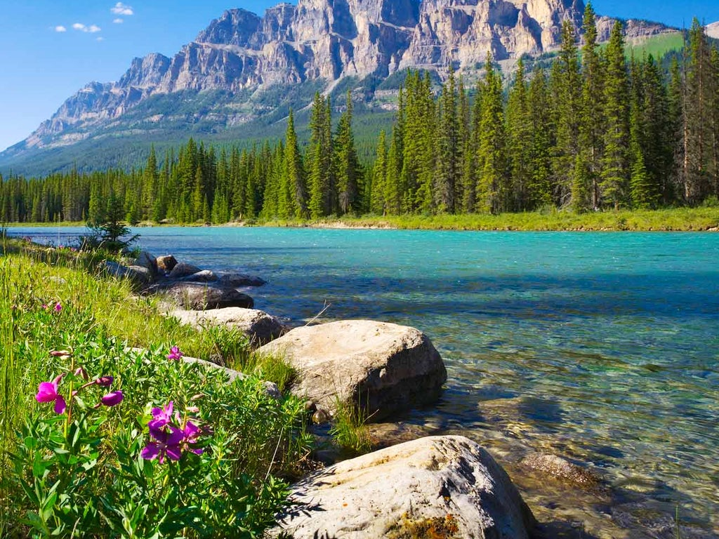 Iconic Rockies and Western Canada with Calgary Stampede