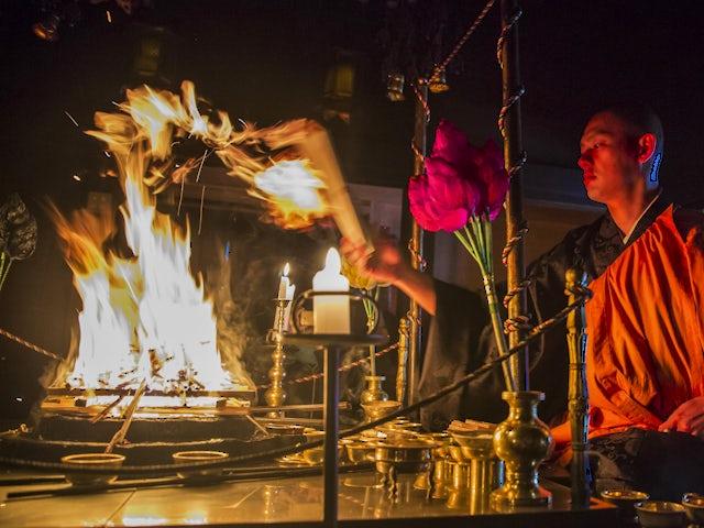 Sapporo Snow Festival & Hokkaido Highlights