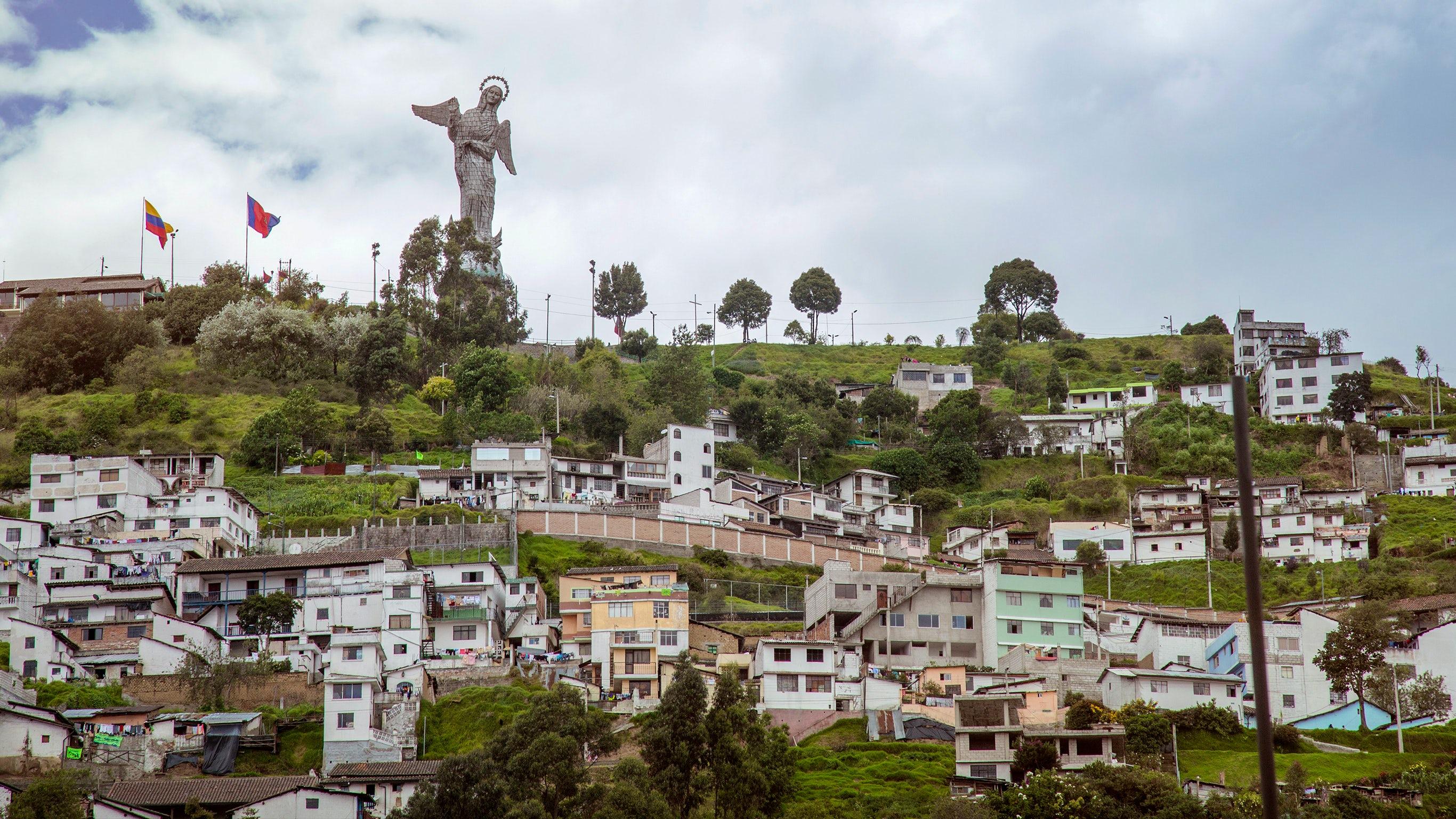 Ecuador Encompassed